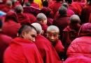 KOMENTÁŘ: Dalajlámův příklon k Marxovi mnohé popuzuje. Má ale původ v buddhismu