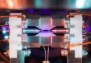 Mladý vědec uchvátil svět fotografií atomu